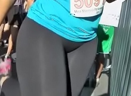 Big ass Runing.