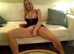 blonde hottie squirts for the first time on webcam