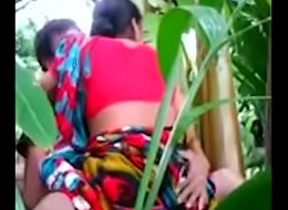 hot aunty outside in jungle mms viral leaked video-mc